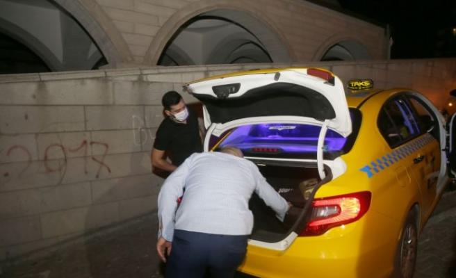 İstanbul merkezli 3 ilde ruhsatsız taksi duraklarına gece baskını düzenlendi