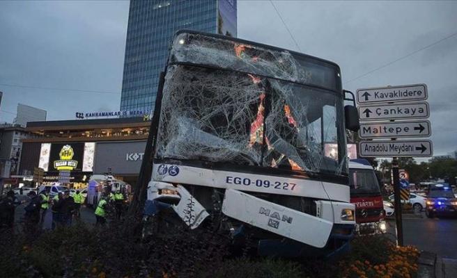 Ankara'da korkutan kaza: 17 yaralı