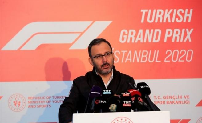 """Bakan Kasapoğlu: """"Formula 1, İstanbul için yarım kalmış hikayenin yeniden başlaması"""""""
