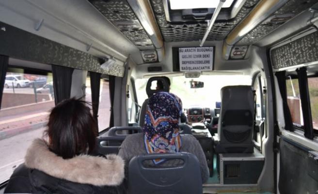 Minibüs şoförü bir günlük gelirini İzmir'deki depremzedelere bağışladı