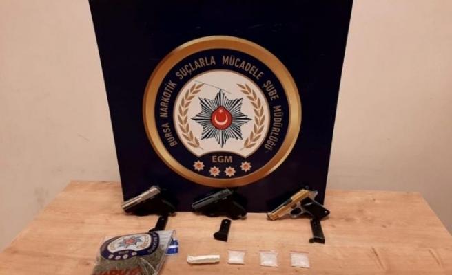 Bursa'da uyuşturucu operasyonunda yakalanan 10 zanlı tutuklandı