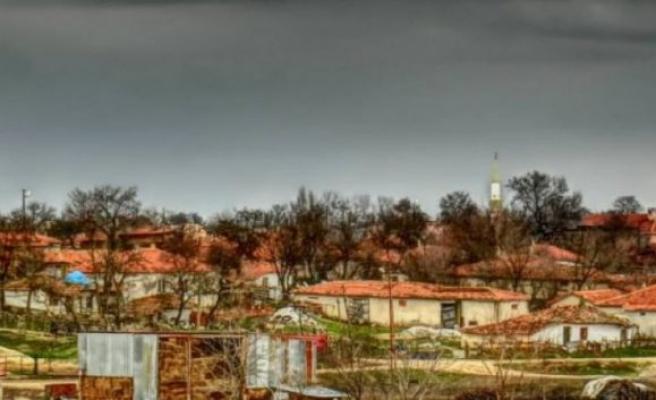 """Edirne'de muhtardan """"köyümüze gelmeyin"""" çağrısı"""