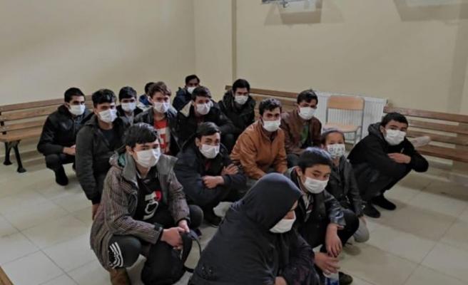 Kocaeli'de 16 sığınmacı yakalandı