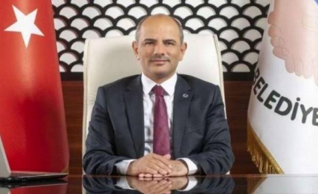 Körfez Belediye Başkanı Şener Söğüt, ikinci kez Kovid-19'a yakalandı
