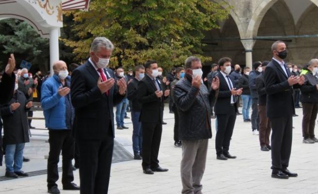 Kovid-19'dan hayatını kaybeden Lüleburgaz Belediyesi Başkan Yardımcısı toprağa verildi