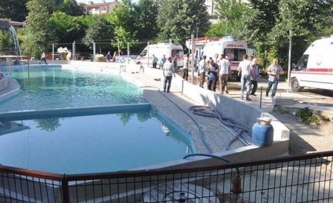 Sakarya'da 5 kişinin havuzda elektrik akımına kapılarak ölümüne ilişkin dava