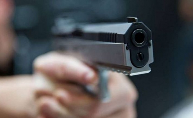 Tekirdağ'da tartıştığı arkadaşını silahla yaralayan zanlı polise teslim oldu