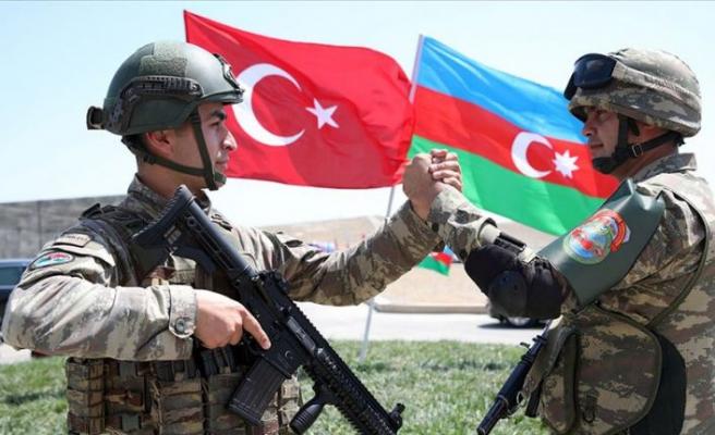 Türk askeri 102 yıl sonra yeniden Azerbaycan'da