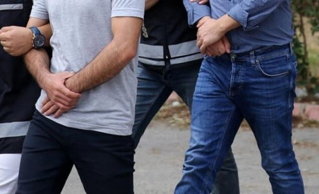 Yunanistan'a kaçarken yakalanan 2 FETÖ şüphelisi tutuklandı