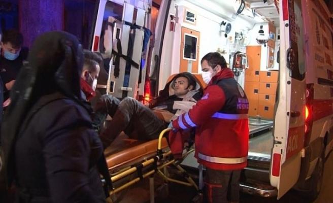 Bayrampaşa'da bıçaklı kavga: 7 yaralı
