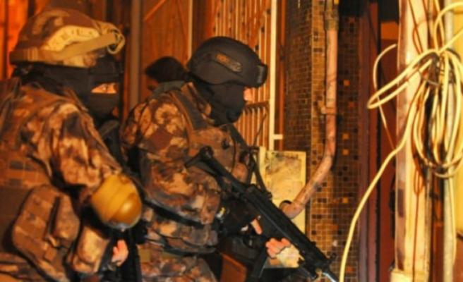 Bursa merkezli FETÖ operasyonunda 33 şüpheli yakalandı