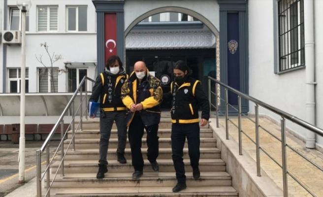 Bursa'da otomobilde tüfekle iki kişiyi vuran zanlı adliyeye sevk edildi