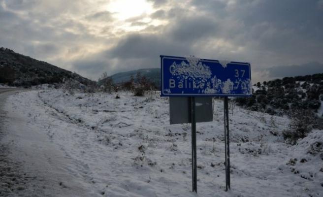 Çanakkale'de kar etkili oluyor