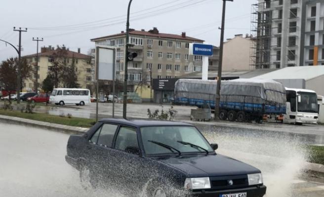 Edirne'de sağanak etkisini artırdı