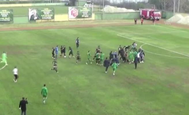 Kocaeli'de Misli.com 3. Lig maçında kavga