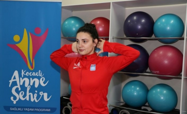Kocaeli'de kadınlara yönelik çevrim içi egzersizlere diğer illerden de katılım sağlanıyor
