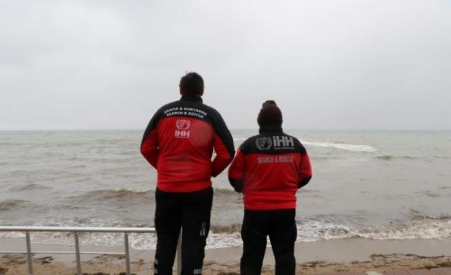 Yalova'da sandalla açıldığı denizde kaybolan kişiyi arama çalışmasına tekrar başlandı