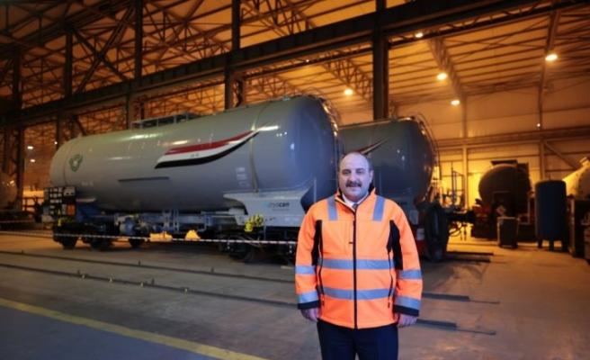 Bakan Varank, Irak'ın petrolünü taşıyacak vagonları Kocaeli'den uğurladı