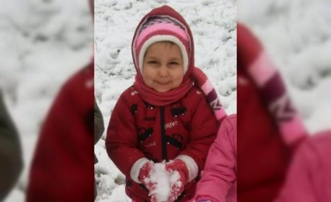 Kocaeli'de beton mikserinin çarptığı 4 yaşındaki çocuk öldü