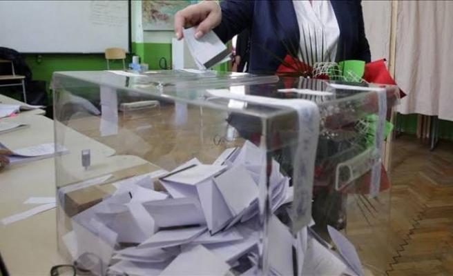 Trakya'da yaşayan çifte vatandaşlar Bulgaristan'daki genel seçimler için oylarını kullanmaya başladı