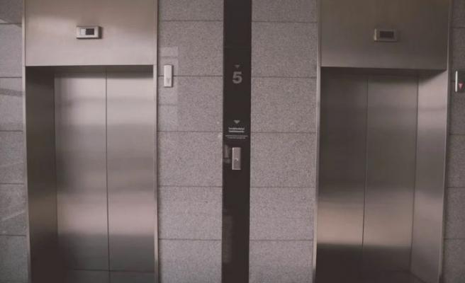 Bursa'da yük asansörünün düşmesi sonucu bir kişi öldü