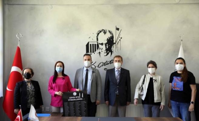 Edirne'de eczacılar koronavirüs aşısında patentin kaldırılması çağrısında bulundu