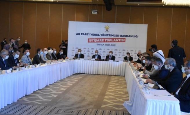 AK Parti Genel Başkan Yardımcısı Özhaseki, Bursa'da yerel yönetimler istişare toplantısında konuştu: