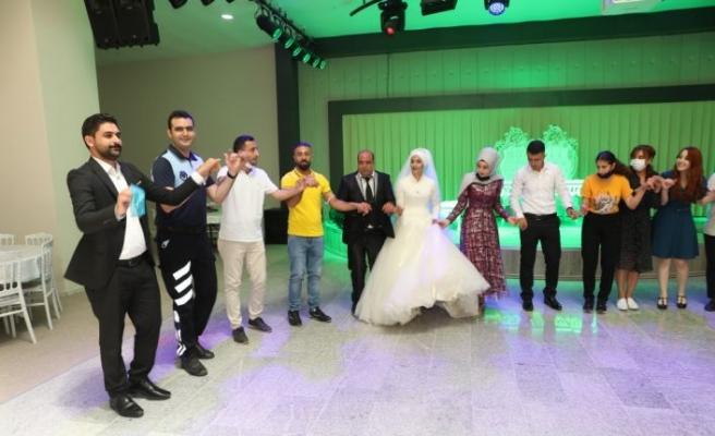 Tekirdağ'da 3 çocuklu ailenin düğün hayali 14 yıl sonra gerçekleşti