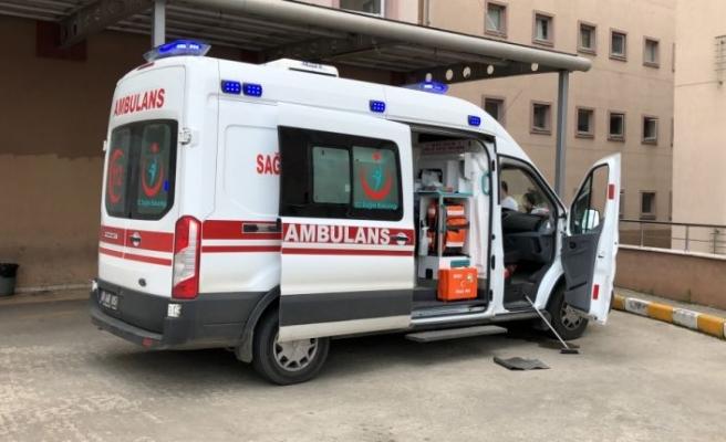 Tekirdağ'da sahte içkiden zehirlendiği belirlenen 4'ü ağır 11 kişi tedavi altına alındı