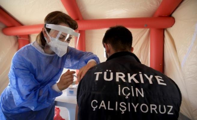 Trakya'da OSB çalışanları aşılama faaliyetlerine yoğun ilgi gösteriyor
