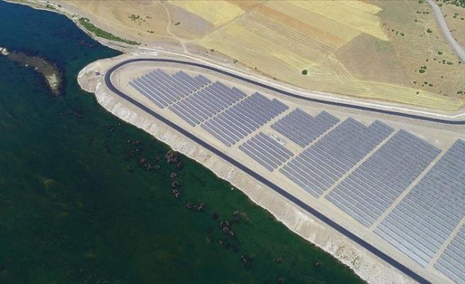 Türkiye'nin elektrik sisteminde 'temiz' dönüşümün sosyoekonomik getirisi maliyetinden 3 kat fazla