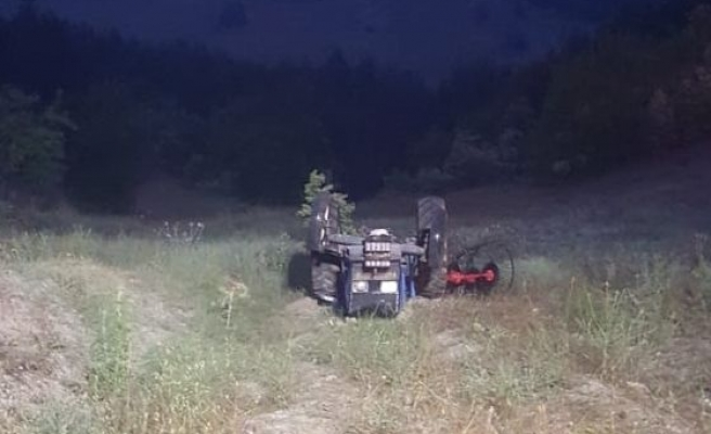 Balıkesir'de devrilen traktörün altında kalan kişi öldü