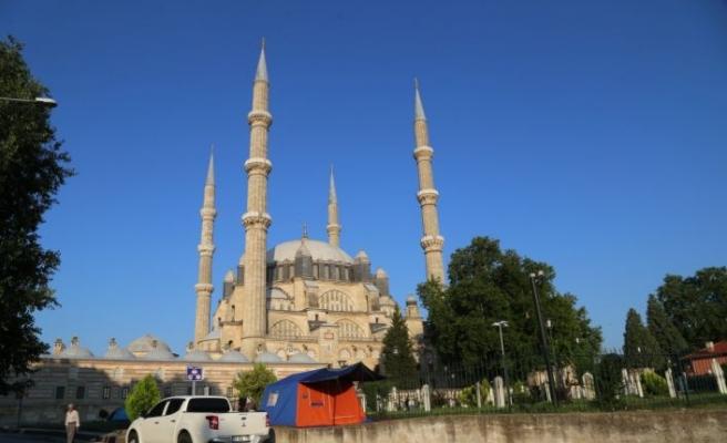 """""""Bedava Palas""""ın rezervasyonsuz konukları Edirne'ye gelmeye başladı"""