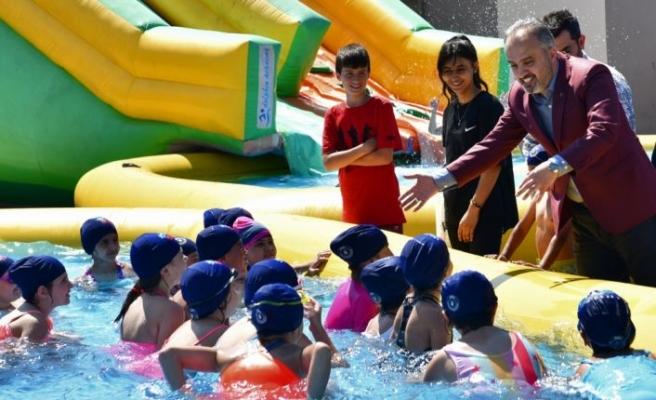 """Bursa'da """"Neşeli havuzlar, mutlu çocuklar projesi"""" okullarda uygulanıyor"""