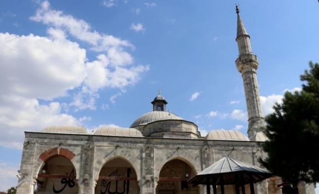 """Edirne'de tarihi Muradiye Cami avlusunda semazenler """"Aşka sema"""" programında sema edecek"""