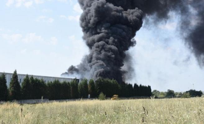 Tekirdağ'da geri dönüşüm fabrikasında çıkan yangın kontrol altına alındı