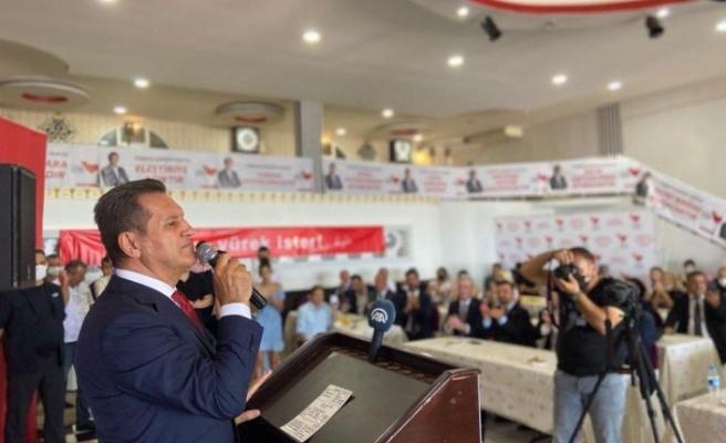 Mustafa Sarıgül  Samsun 1.Olağan Kongresi'nde basın toplantısı düzenledi.