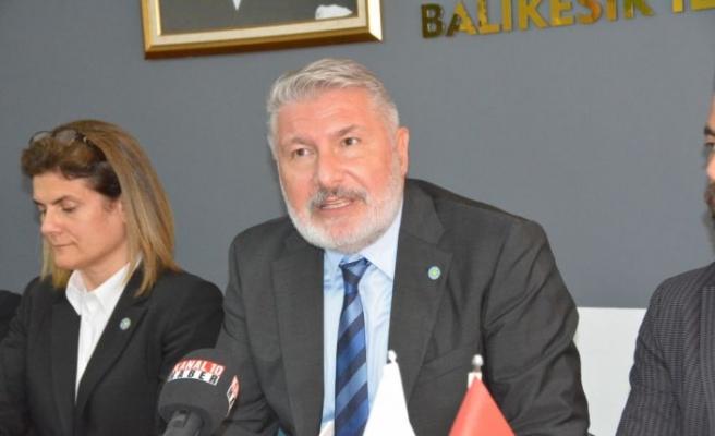 İYİ Partili Bahadır Erdem Balıkesir'de konuştu