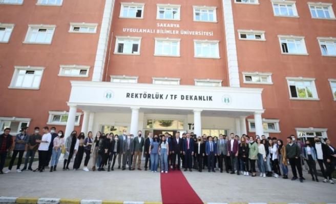 Basın İlan Kurumu Genel Müdürü Duran Sakarya'da gazeteci adaylarıyla buluştu