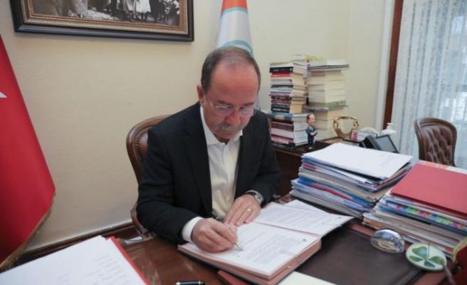 Edirne Belediye Başkanı Gürkan sera gazı emisyonlarını azaltmayı taahhüt eden sözleşmeyi imzaladı
