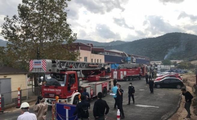 Kimya fabrikasında meydana gelen patlamada 1 işçi öldü 6 işçi yaralandı