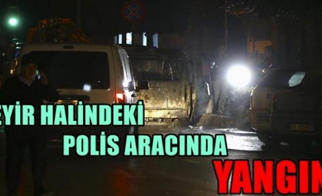 Beyoğlu'nda seyir halindeki polis aracında yangın