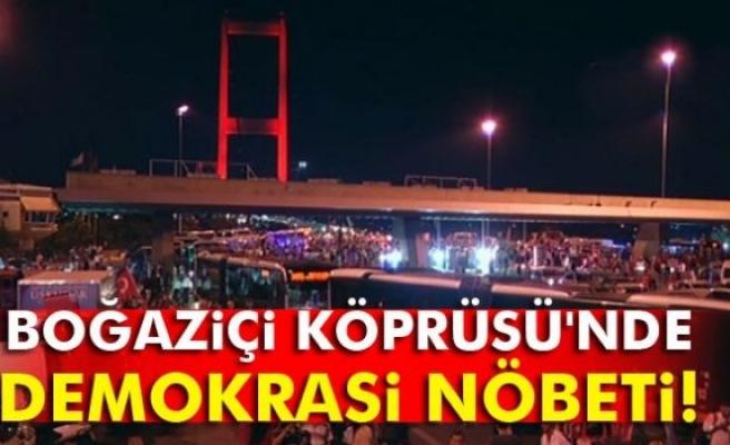 Boğaziçi Köprüsü'nde demokrasi nöbeti