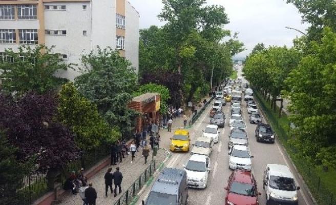 Bursa'da LYS Trafiği!