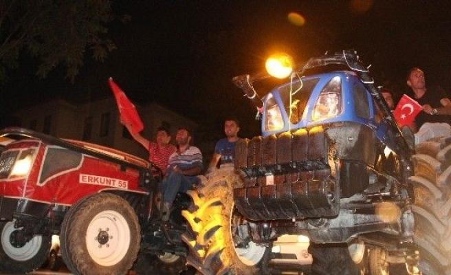 Bursa'da on binler bu gece de meydanları doldurdu
