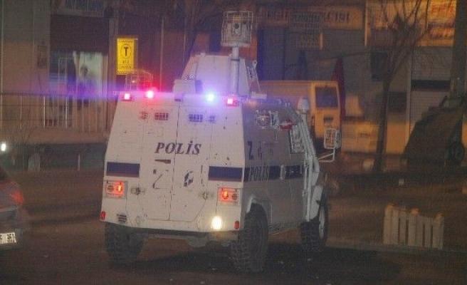 Diyarbakır'da Kobani Kutlamaları Sonrası Olaylar Çikti