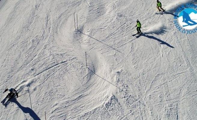 Ege'nin kayak merkezi: Denizli
