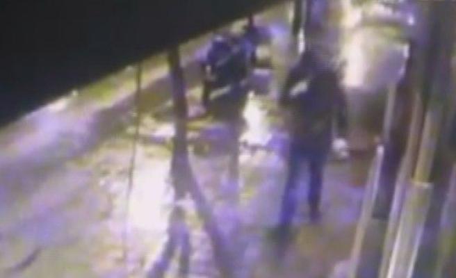 Eski çalıştığı dükkanı soydu, önce güvenlik kamerasına sonra polise yakalandı