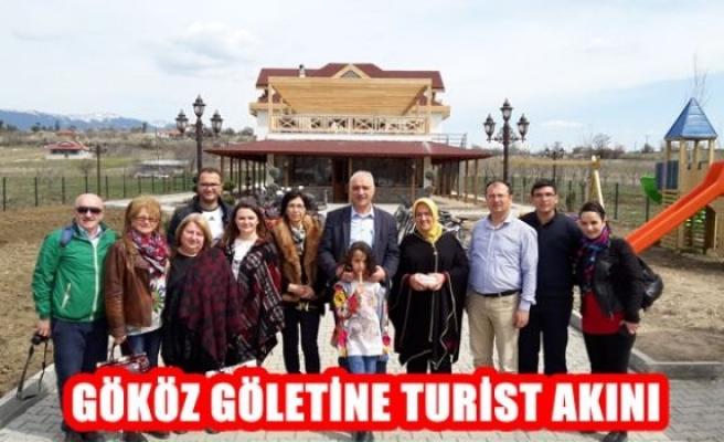 Gököz Göletine Turist Akını
