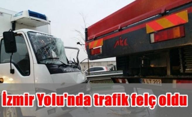 İzmir Yolu'nda trafik felç oldu